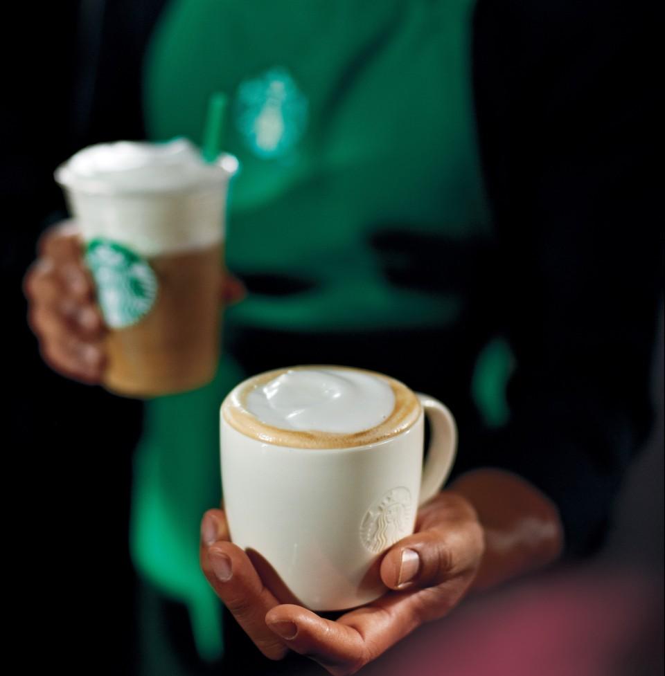 Starbucks_Coffee_Mugs_Apron