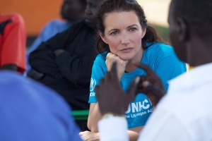 UNHCR High Profile Supporter Kristin Davis meets with the Nyumanzi Refugee Community Leaders. The number of South Sudanese refugees fleeing into Northern Uganda is 154000, since the 15th December 2013.